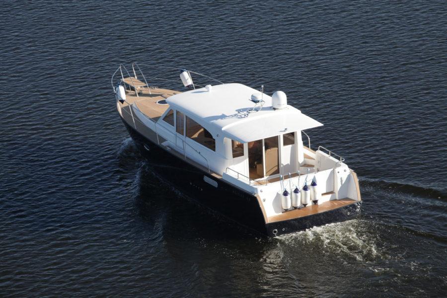 Круизная яхта Slider 42 - вид сверху