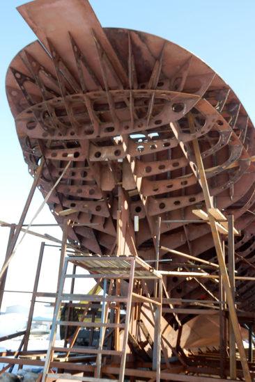 Строительство двухмачтовой парусной шхуны