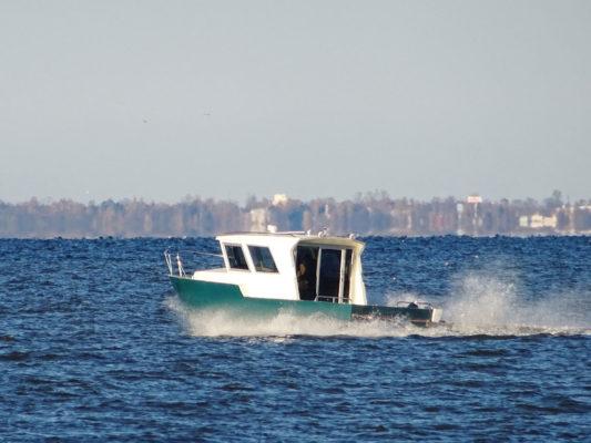Iron Boat 740 на Финском заливе
