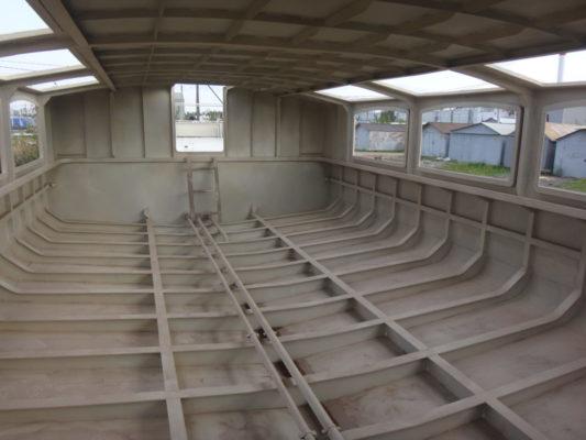 Корпус экскурсионного судна проекта 82880, вид изнутри
