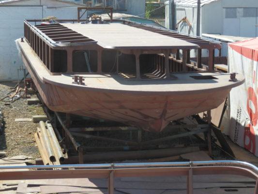 Собранный корпус экскурсионного судна проекта 82840