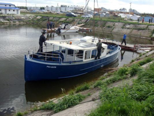 Экскурсионное судно Руска спущено на воду