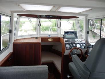 Пост управления катером Sea Pride 850
