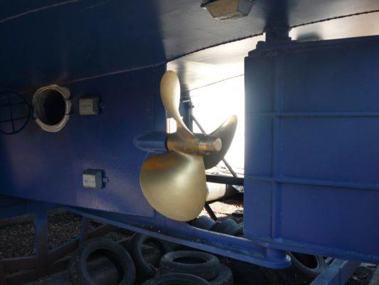 Винто-рулевой комплекс моторной яхты