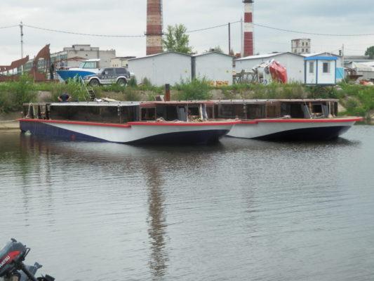 Два построенных экскурсионных судна проекта 82840