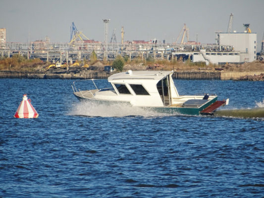 Iron Boat 740 на ходу