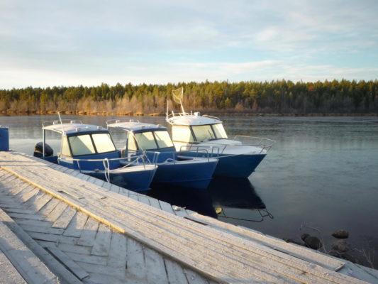 Стальные катера Iron Boat 700 и Iron Boat 740 зимой