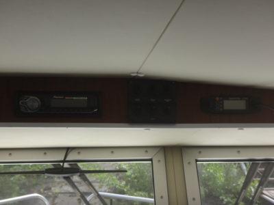 Салон катера Iron Boat 740